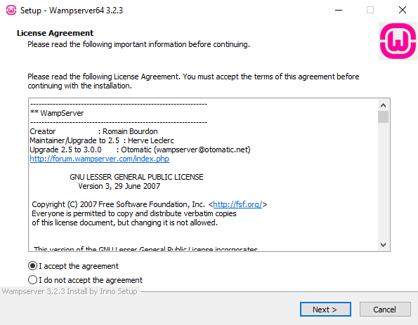 Screenshot of the WAMPServer license agreement screen