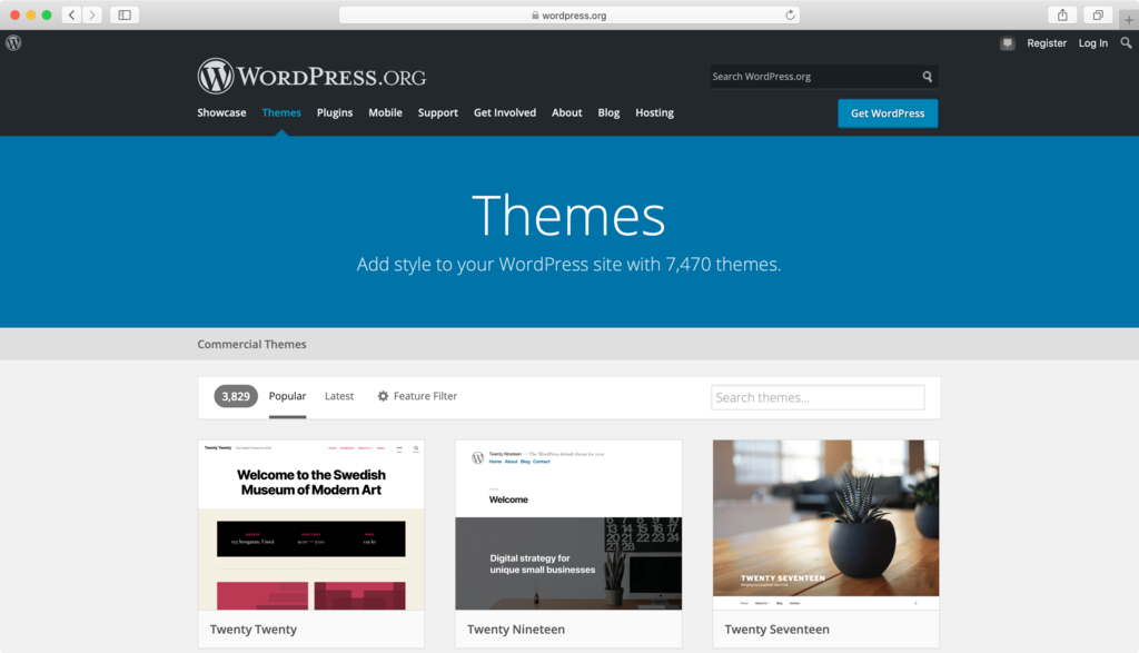 Browsing through the official WordPress theme directory.