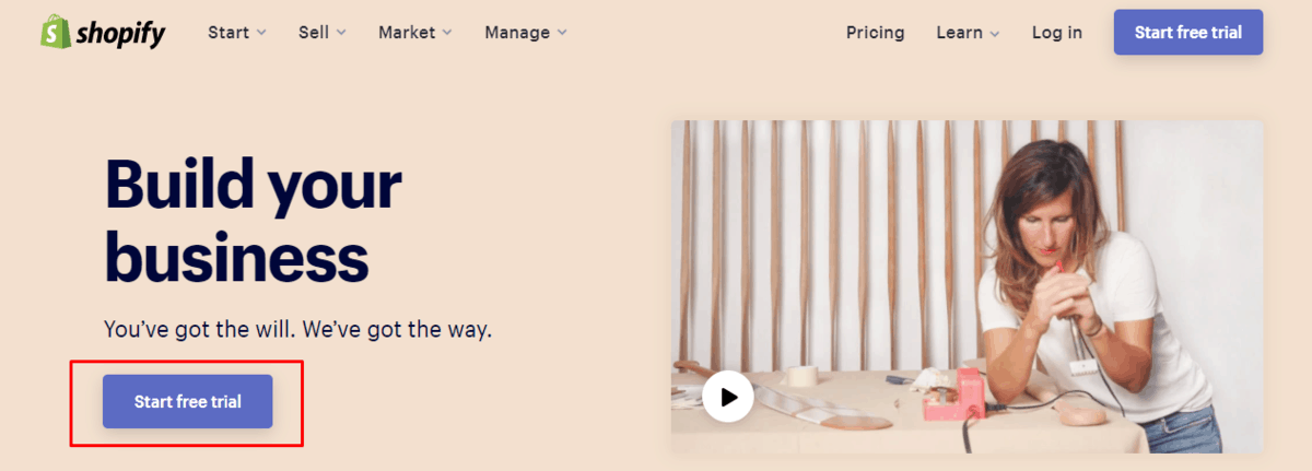 Shopify's homepage with a highlighted trial CTA