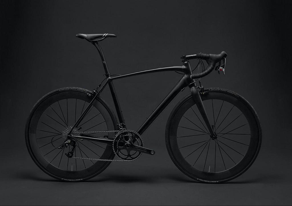 Eye-level product photo for road bike
